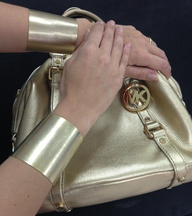dupla_bracelete_dourado_fosco_como_usar