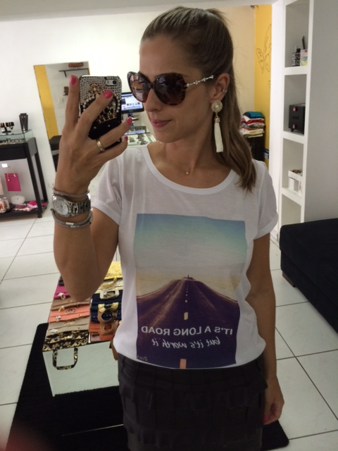 lulys_tees_t-shirts_fashion_tendencia_camisetas_siga_caminho_brinco_tassel_franjas_branco